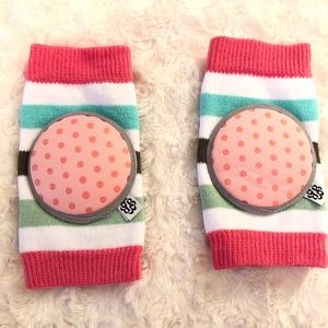 Bella Tunno Baby Knee Pads - Never Used! New!